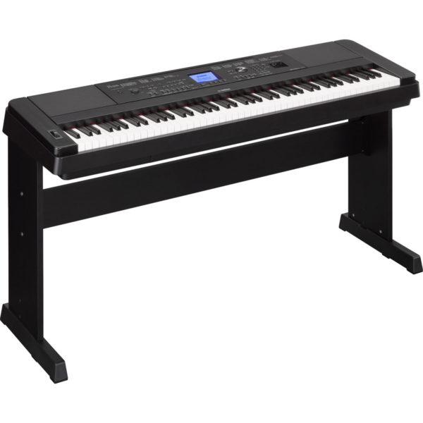 Yamaha DGX 660 Digital Piano with Stand Black