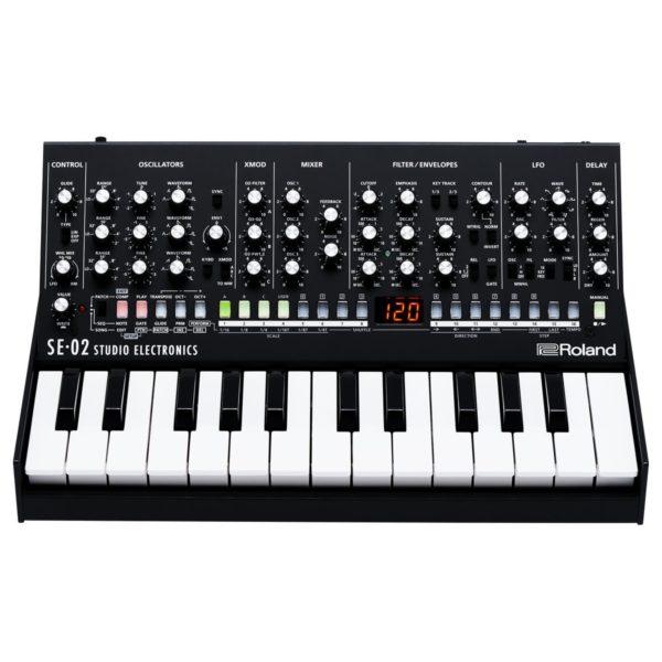 Roland SE-02 Analogue Synthesizer With Roland K-25m Keyboard